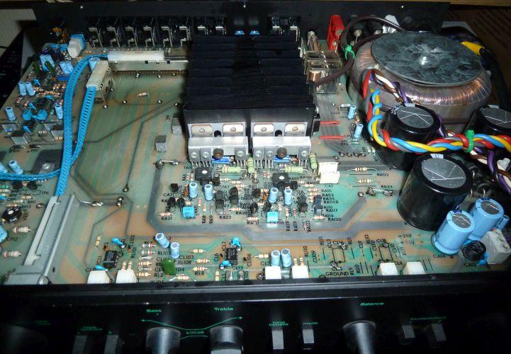 Creek on Bose Stereo Amplifier